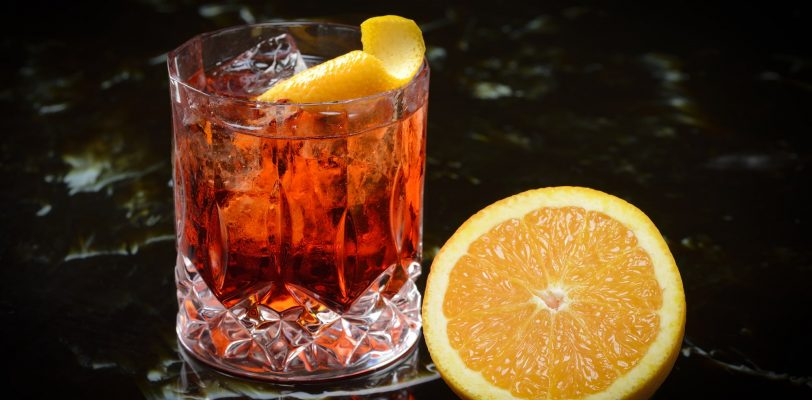 Mixology Drink Recipe for Negroni Cocktail